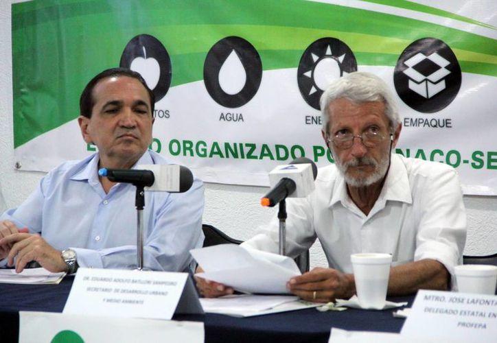 Seduma y la Canaco firmaron un convenio y presentaron la primera edición de la Expo Foro Ambiental 2015, que se realizará del 19 al 21 de junio. (Milenio Novedades)
