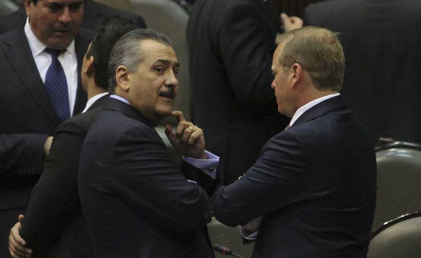 El legislador señaló que su bancada discute el gravamen para colegiaturas. (Archivo/Notimex)