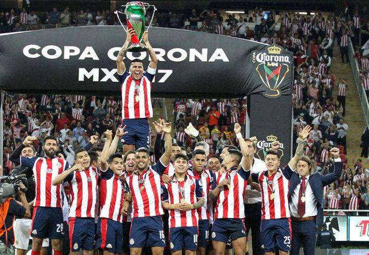 El mexicano José Manuel de la Torre había sido el último estratega en llevar al conjunto rojiblanco a una Final de la Liga. (AS).
