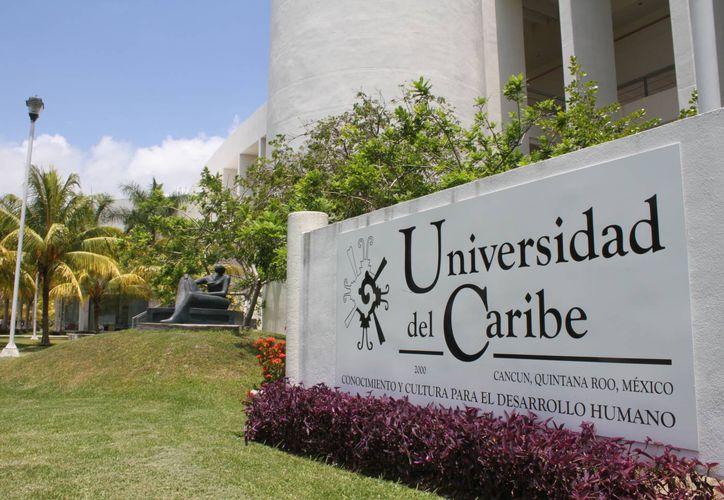 El sistema educativo de la Universidad es único en el país. (Sergio Orozco/SIPSE)
