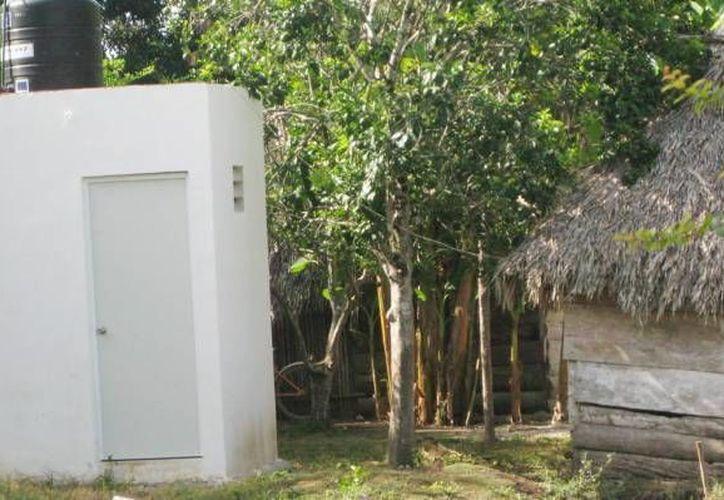 La Japay ha construido hasta ahora 2 mil 500 baños ecológicos en 105 municipios yucatecos. Espera construir 6 mil en total, pero eso depende del presupuesto 2017.  (SIPSE)