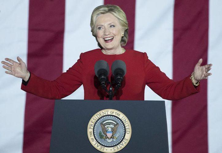 Hillary Clinton obtuvo más votos que Donald Trump, quien se impuso en la Casa Blanca gracias al Colegio Electoral. (EFE)