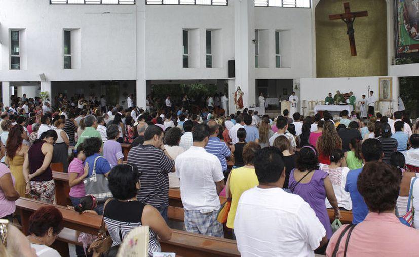 El obispo diocesano invitó a los católicos a orar en casa y con ello seguir las indicaciones de las autoridades. [Foto: Redes Sociales]