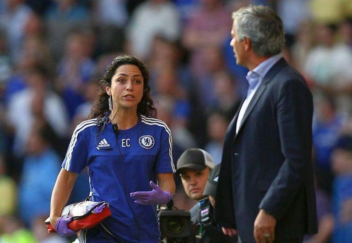 El entrenador de Chelsea, José Mourinho, fue exonerado de las acusaciones por su presunto trato sexista contra la doctora del Chelsea, Eva Carneiro. (thesun.co.uk)