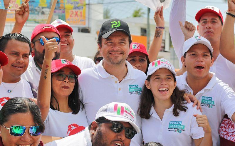 La gente reconoce el interés de Pedro Joaquín por la seguridad de la isla. (Redacción/SIPSE)
