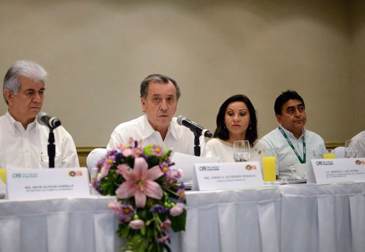 David Alpízar y Jorge Gutiérrez, en la reunión del Consejo Consultivo. (Milenio Novedades)