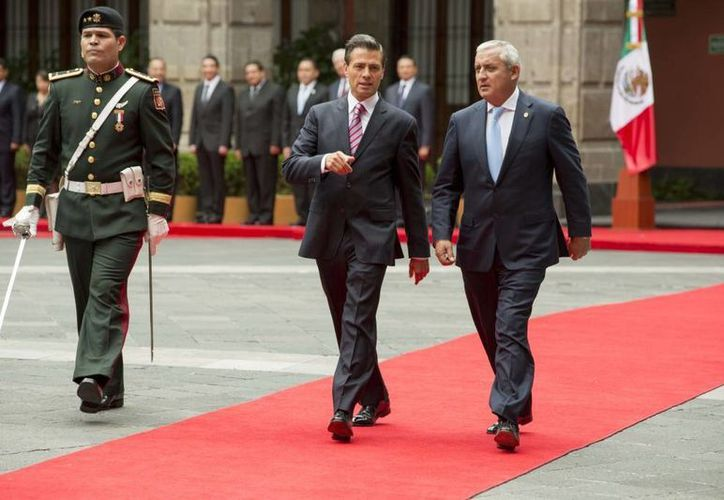 Enrique Peña Nieto recibió en Palacio Nacional la visita oficial del presidente guatemalteco Otto Pérez Molina. (Presidencia)