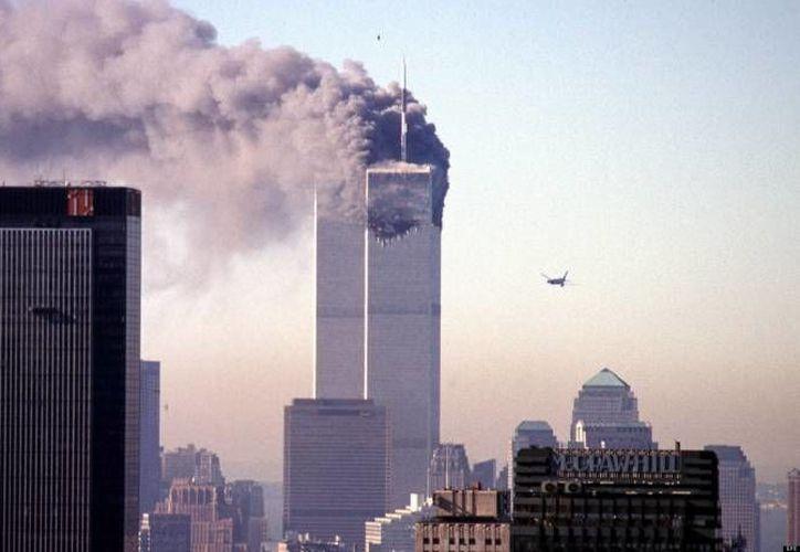 Investigadores expusieron a personas a diferentes noticias negativas, como los atentados del 11 de septiembre de 2001, en las Torres Gemelas de Nueva York. 2 de cada 10 desarrolló algo similar al estrés postraumático. (Archivo/Agencias)