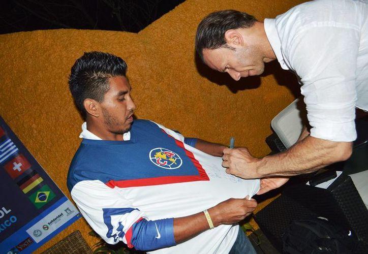 """Luis Roberto Alves """"Zague"""" estuvo de visita este fin de semana en Quintana Roo.  (Rafael Acevedo/SIPSE)"""