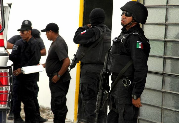Un ex elemento del ejército mexicano busca reforzar los puntos en los que los vigilantes de la cárcel han mostrado mayor vulnerabilidad.  (Adrián Monroy/SIPSE)