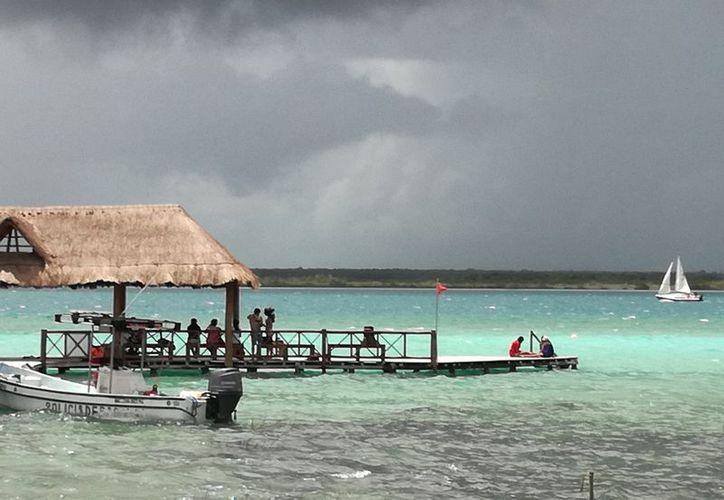 En desacuerdo si la declaratoria implica restricciones turísticas. (Javier Ortiz/SIPSE)