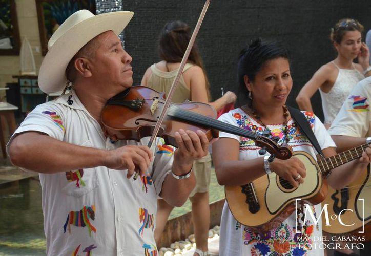 Los artistas y artesanos de México podrán formar parte del catálogo que realiza MexiCool. (Adrián Barreto/SIPSE)