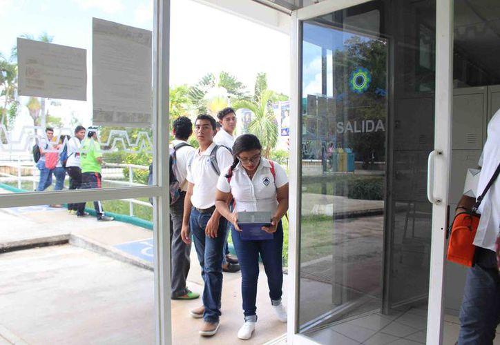 Desde 2001 hasta la fecha se han graduado dos mil 239 estudiantes del Tecnológico de Carrillo Puerto en sus diferentes ingenierías, de los cuales, sólo mil 241 se ha logrado titular. (Foto: Jesús Caamal / SIPSE)