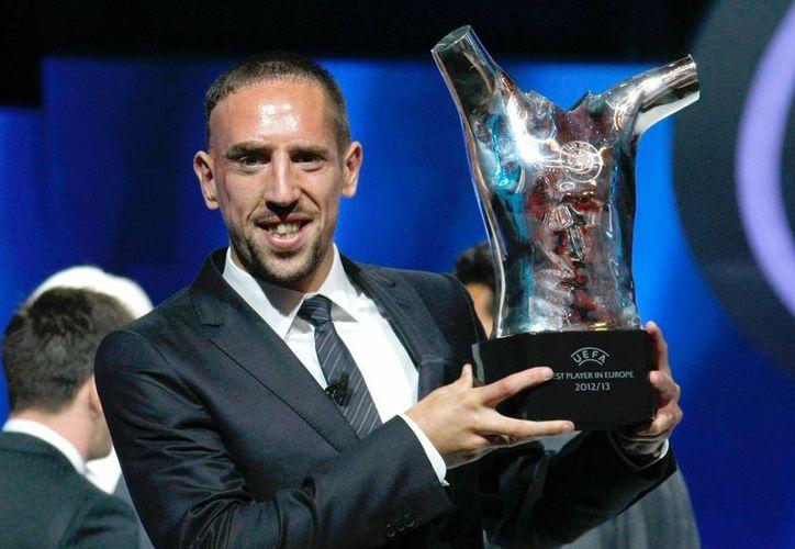 En agosto pasado, Ribery fue galardonado en Mónaco como el mejor jugador de Europa. (Agencias)
