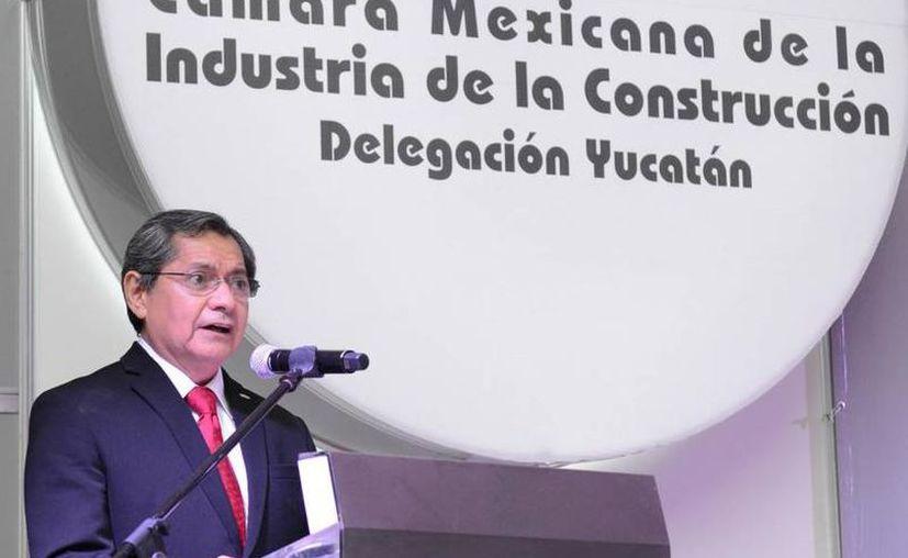 """""""Queremos que se nos favorezca en la obra civil, para que nuestras empresas puedan competir adecuadamente"""", declaró Luis Eduardo Castillo Campos, presidente de la Cámara Mexicana de la Industria de la Construcción (CMIC) en Yucatán (SIPSE)"""
