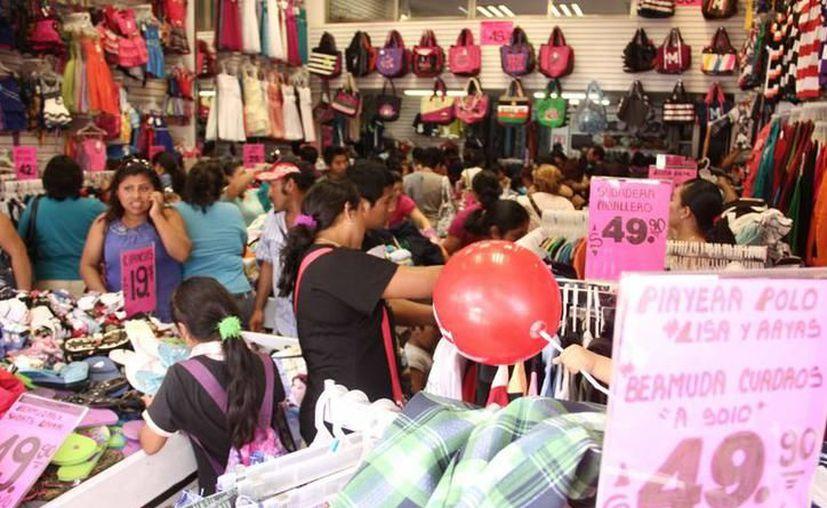 Las ventas decembrinas para los comerciantes yucatecos, se transforman en recuperación económicamente para los primeros meses del año. (SIPSE)