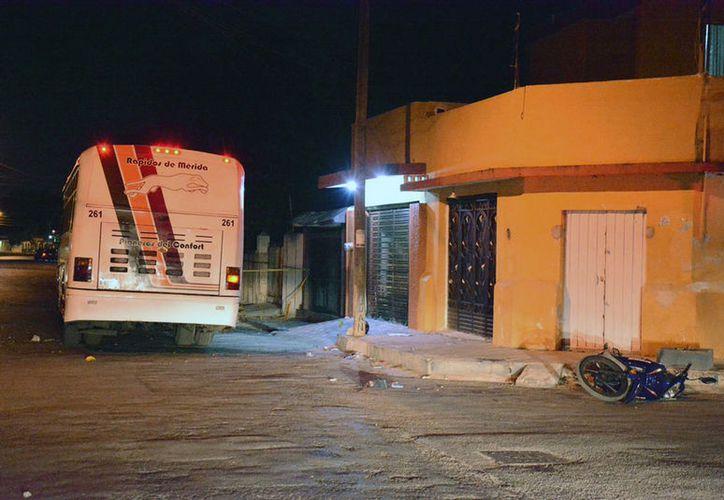 choque-motociclista-autobus-urbano-ruta-iberica-merida-colonia-canto1