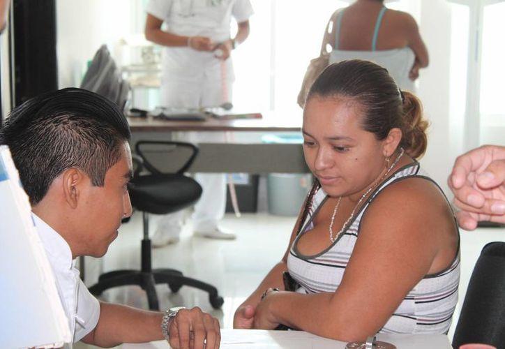 Organizan evento con siete módulos de información sobre los derechos que tiene los niños. (Carlos Horta/SIPSE)