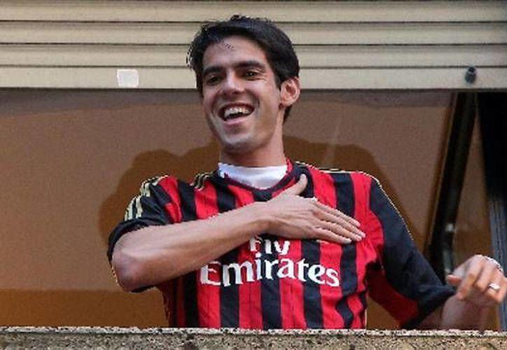 El astro brasileño Kaká apenas había jugado su primer partido en la Liga Italiana y se irá d 'descansar' un mes. (Ansa Latina)