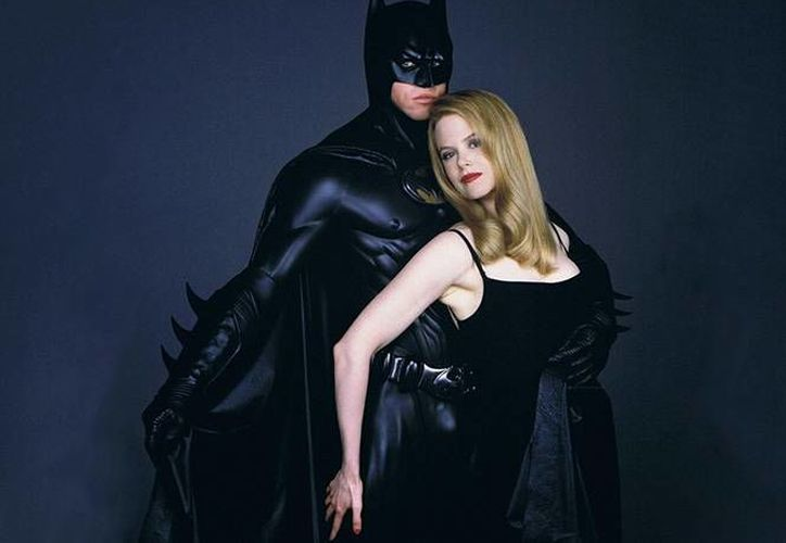 Val Kilmer protagonizó en 1995 Batman Forever, al lado de Nicole Kidman. (Fotos tomadas de excelsior.com.mx)