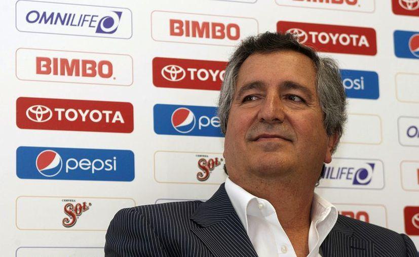 La falta de continuidad de los técnicos ha sido la única constante en la gestión de Jorge Vergara. (Foto: Agencias)