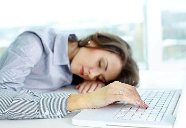 Es primordial que acudas a revisión en caso de presentar una constante en los síntomas. (Contexto/Internet)