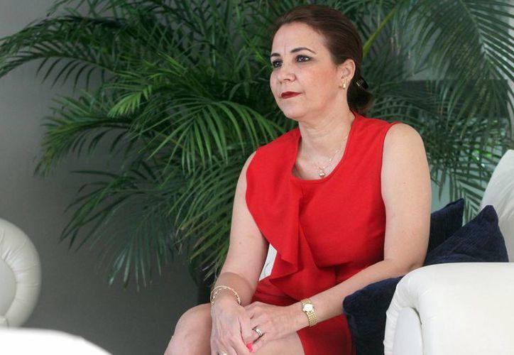 La bailarina y coreógrafa Aniuska Torres lleva más de tres décadas dedicada a esta disciplina, formando a nuevas generaciones.(Amílcar Rodríguez)