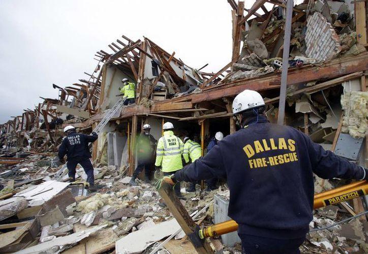 La explosión fue tan fuerte que se escuchó a muchos kilómetros de distancia. (Agencias)