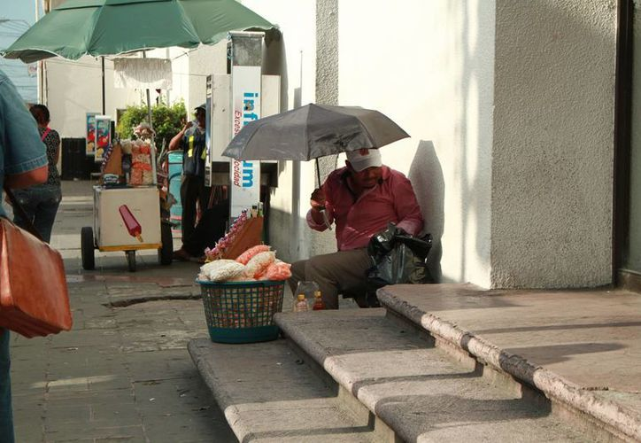 Este lunes Mérida registró una temperatura máxima de 36.7 grados a las 14 horas. (Jorge Acosta/ Milenio Novedades)