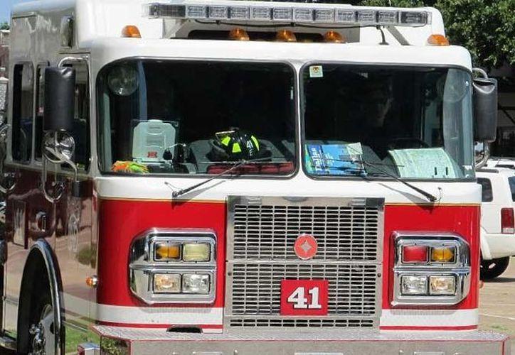 Una docena de pacientes que estaban hospitalizados en el lugar fueron evacuados y trasladados a otras instalaciones, por personal de protección. (Contexto/Internet)
