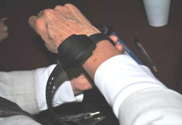 El dispositivo alertará a las autoridades de la cercanía del agresor a la víctima. (Foto: elpueblodechihuahua.com)