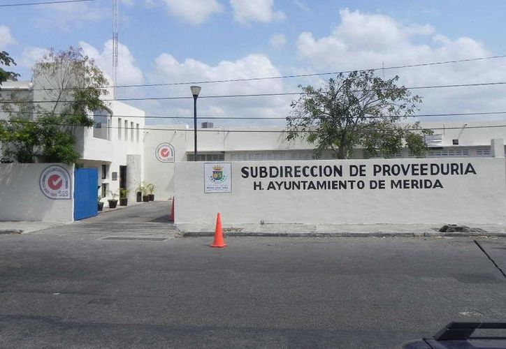 Las 21,000 despensas que adquirió la subdirección de Proveeduría del Ayuntamiento de Mérida se destinarán al DIF Municipal. (Cortesía)