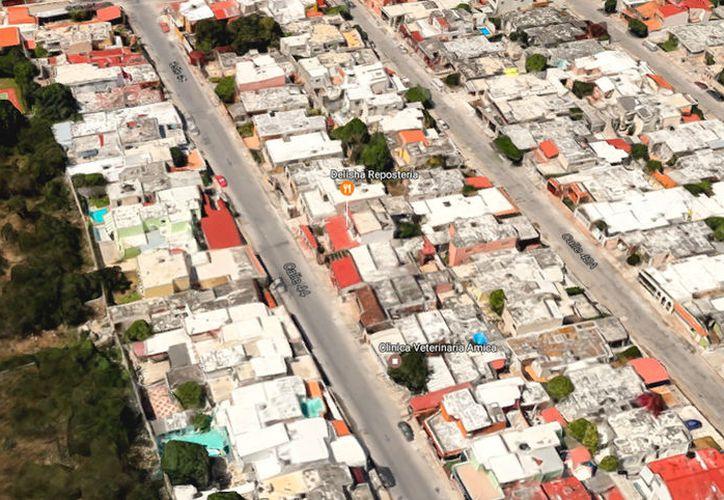 En un domicilio de la calle 44 de Los Pinos, en Mérida, desconocidos se llevaron una caja fuerte con más de 600 mil pesos. La imagen, una vista aérea del fraccionamiento, fue tomada de Google Street View.