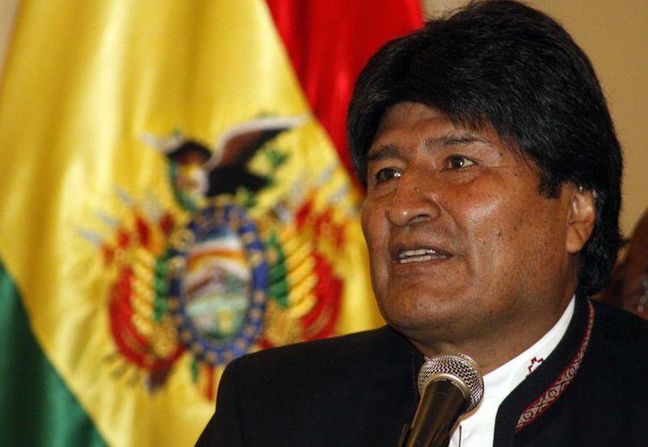 """Evo Morales mantendrá un """"reposo relativo"""" hasta mediados de mes. (Los Tiempos)."""
