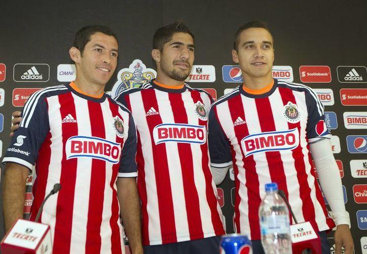 Para Jair Pereira (c), el Estadio Jalisco no será ventaja para Atlas ante Chivas. (Foto de archivo de Notimex)