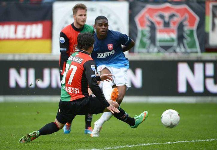 Tras golear al NEC, el Twente amarró el tercer puesto de la clasificación con 62 puntos y jugará la Europa Ligue 2014-15. (Facebook/FC Twente)