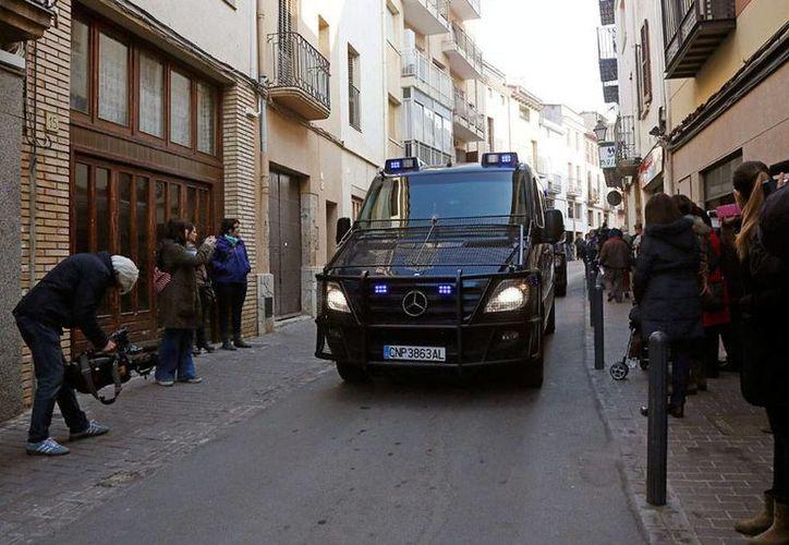 Ocho presuntos miembros de una célula yihadista fueron detenidos esta madrugada en una operación antiterrorista llevada a cabo por la Policía Nacional en Cataluña y en las provincias de Ciudad Real y Ávila. (Efe)