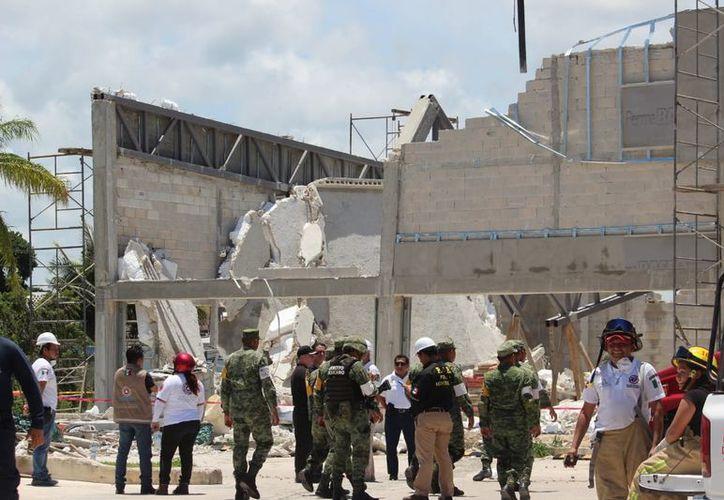 La caída del edificio se debió a la mala construcción. (Foto: SIPSE)