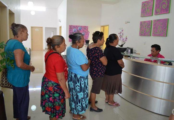 Actualmenten acuden 6 mujeres en proceso de diagnóstico y/o tratamiento de cáncer de mama. (Redacción/SIPSE)