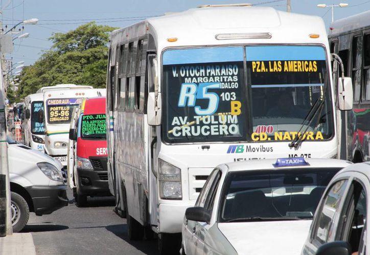 El incremento al servicio urbano lo califican como excesivo. (Tomás Álvarez/SIPSE)