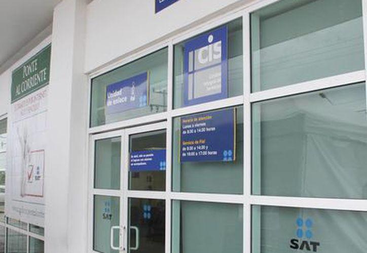 El SAT cuenta con una lista de contribuyentes incumplidos. (Israel Leal/SIPSE)