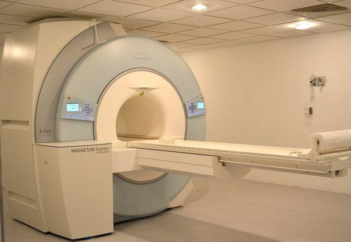 La unidad de resonancia magnética tiene una superficie de 500 metros cuadrados. (Redacción/SIPSE)