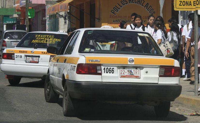 """Una """"dejada"""" en Chetumal tiene un costo mínimo de $14, con el aumentó llegaría a $16. (Harold Alcocer/SIPSE)"""