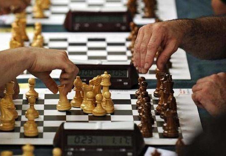 El juego de ajedrez fue rechazado por uno de los más importantes clérigos musulmanes: el gran mufti jeque Abdelaziz Al Sheikh. (Archivo/AP)