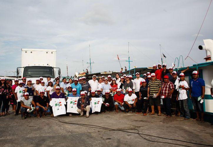 Ramírez Marín señaló que los empresarios siguen sufriendo el robo de camiones con pescado y pulpo en la zona de Veracruz y les sigue afectando la pesca furtiva. (Milenio Novedades)