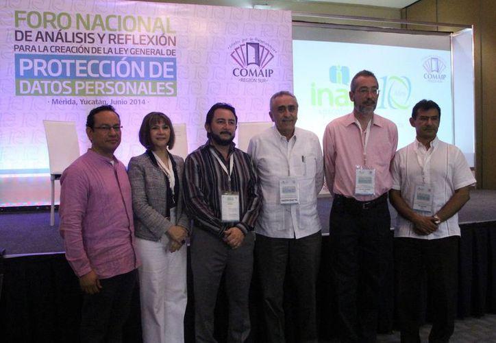 Ayer inició en Mérida el foro de análisis sobre la protección de datos. (SIPSE)