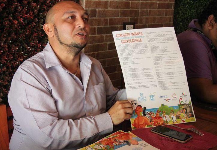 Marco Loeza informó que los ganadores recibirán como premio visitas guiadas a las áreas naturales de Cozumel. (Foto: Gustavo Villegas/SIPSE)