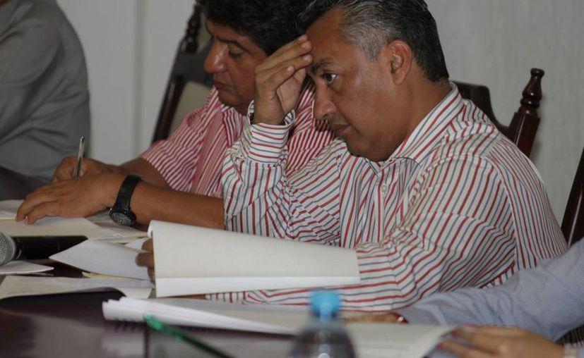 El alcalde Mario Villanueva no se presentó ayer ante el Cabildo, para la rendición de un informe de la Cuenta Pública 2012. (Harold Alcocer/SIPSE)