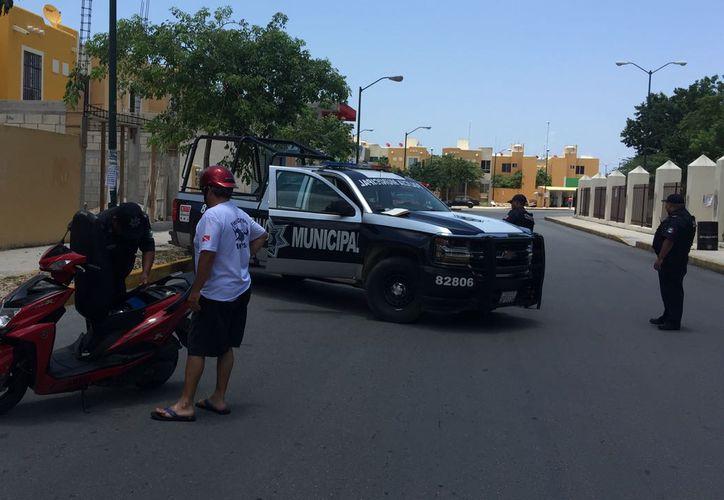 Autoridades piden a la ciudadanía reportar los delitos al 911 y dejar que la policía intervenga de manera oportuna. (SIPSE)