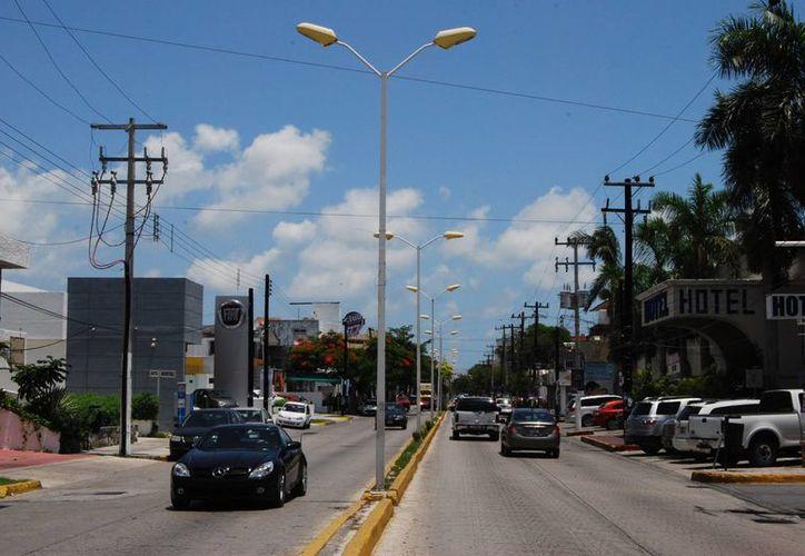 Ayudará a la imagen urbana de la ciudad además de evitar problemas que se presentan cada que se tiene la amenaza de huracán. (Tomás Álvarez/SIPSE)
